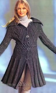 Вязаное пальто на осень