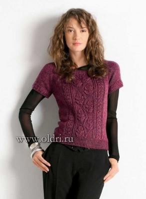 пуловер с узором листья