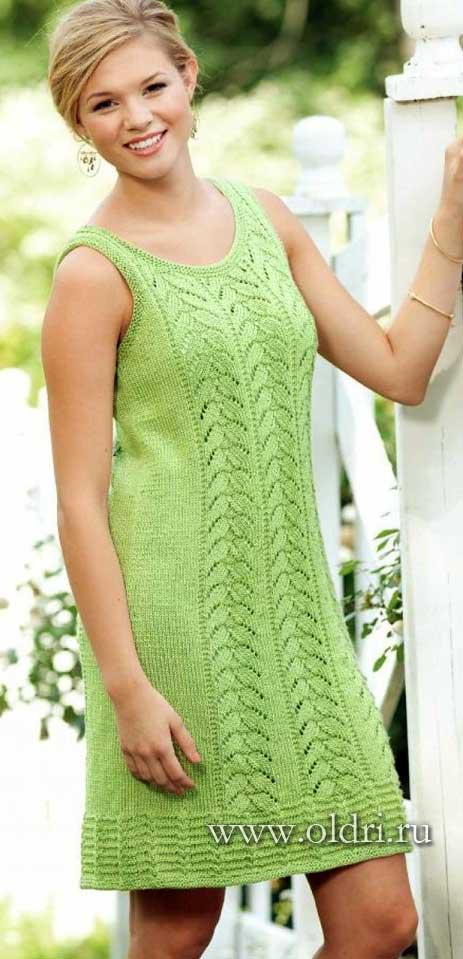 Вязанные платья туники