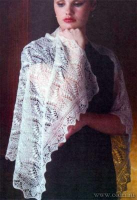 Вязание ажурной шали спицами
