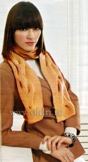 Женский вязаный шарф спицами